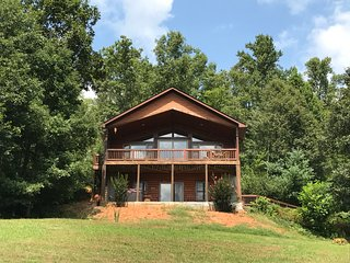 The Catamount Cabin-- near Cherokee, NC