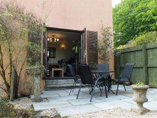Garden Cottage  (521)