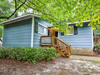 NEW! Charming 3BR Raleigh House - Great Location!