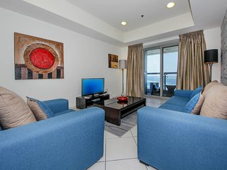 Stunning Sea View Luxury Apartment Dubai Marina