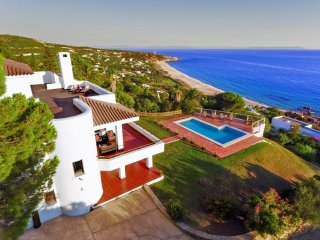 Luxury Beach House - Spectacular Views - Atlanterra - Sleeps 12