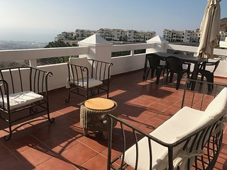 Spectacular views and terrace, brand new, excellent qualities, very quiet apart