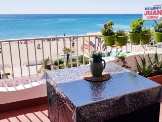 alquiler apartamento - Carihuela 1 linea playa
