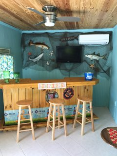Florida Room with Bar and separate air conditioning
