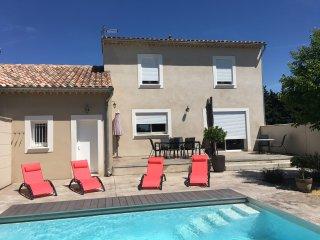 Maison neuve climatisee avec piscine privative