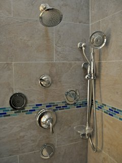 The luxury shower in the blue room.