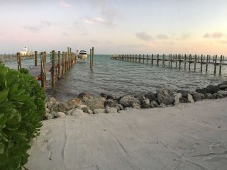 Lower Florida Keys: Private Open Water Estate