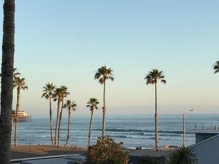Deluxe Ocean View Condo
