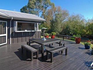 Rotorua Retreats Zodiac Bay Lake Retreat