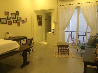 Studio with charm & character in downtown Saigon
