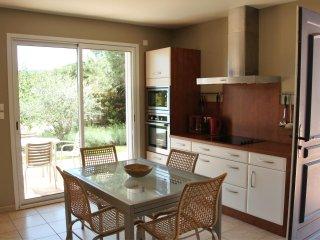 Cebazan Lou Daro villa 1 chambre dans propriété avec piscine chauffée