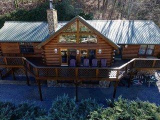 Rocky Top Cabin ~ RA156919