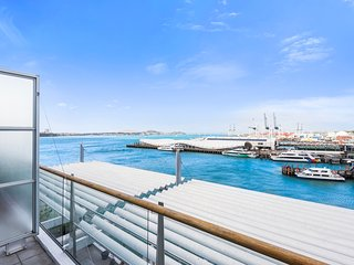 Large 2BR Penthouse with 1,5 Bathrooms on 2 Levels with 2 Decks and Water Views
