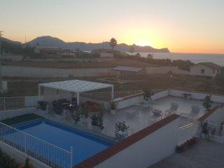 Casa Gaetano villetta con piscina vista mare parcheggio e internet wifi gratuito