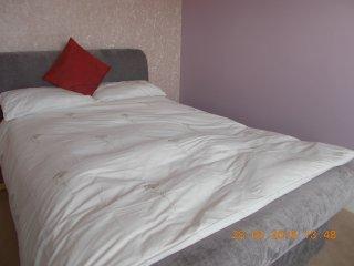 Lovely sunny double room, sleeps 2