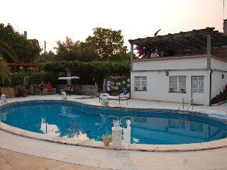 A Casa da Celeste - casa de campo com piscina privada e Jardim