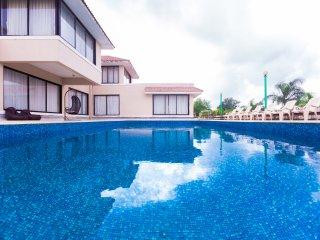 Your Own Private Island Villa, Shetty Farms Dahanu.