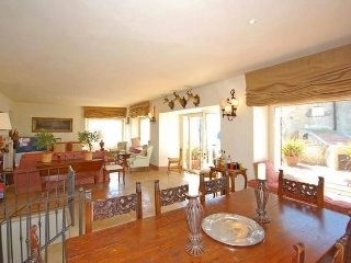 4 bedroom Chateau in Talamone, Tuscany, Italy : ref 5241234