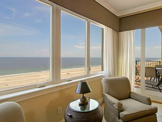 BEAUTIFUL OCEANFRONT PENTHOUSE IN GATED LUXURY COMMUNITY ON AMELIA ISLAND, FL