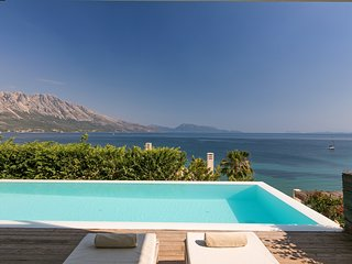 Scorpios.Luxury seafront villa with amazing views
