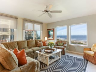 OCEANFRONT LUXURY CONDO IN GATED RESORT COMMUNITY ON AMELIA ISLAND FLORIDA!
