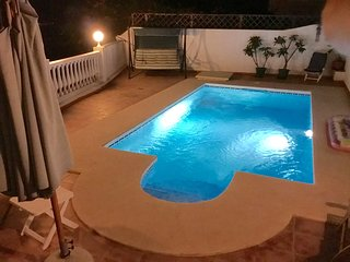 Four Bedroom Villa with Private Pool free Wi-FI,Air Con and close to the beach