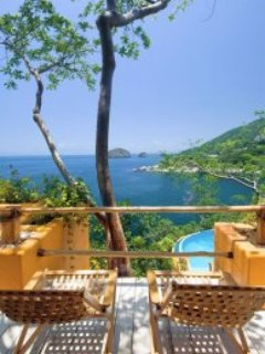 10 br Beautiful ocean front house in Mismaloya location , great for a big group!