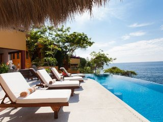 6 br stunning ocean front villa in Mismaloya locations, amazing view the ocean