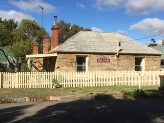 Blyth Cottage Burra Cottage  Bed and Breakfast up to 6 people light breakfast