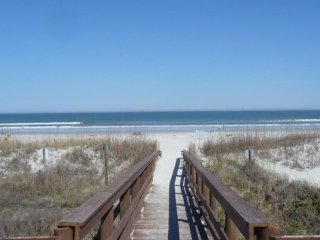 Beautiful Oceanfront Home - NEWLY REDECORATED - Great Views!