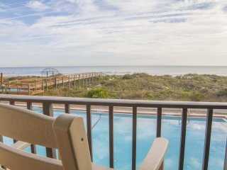 Beautiful Oceanfront Condo ~ Heated Pool ~ Sugar Sand Beach