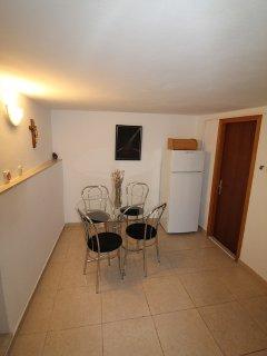 A3(4): dining room