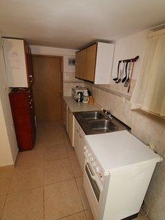 A3(4): kitchen
