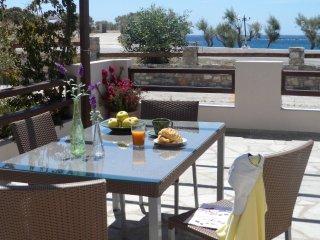 Beachfront Residence in Syros Island, Palmira K3.1