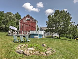 'The Grape Escape' Naples Home in NY Wine Country!