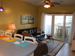 Cute Beach Condo - Decorated with Great Beach Decor.  Steps to the Bay and Gulf