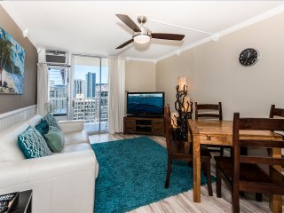 Custom Upgraded Waikiki Lanais 2 Bd & 1 1/2 bath