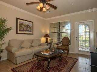 901CP-711. 2 Bedroom 2 Bath Condo in Bella Piazza Resort