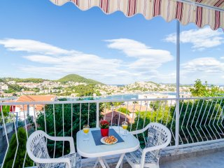 Apartments & Room Lino-Superior One Bedroom Apartment with Balcony and Sea View