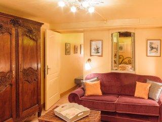 BAYEUX CENTRE Suite de charme 2 personnes 'La Nymphéa' - JACUZZI/Massages