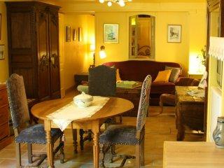 BAYEUX CENTRE HISTORIQUE Appartement le Nymphea Hotel le Clos de la Chapelle Spa