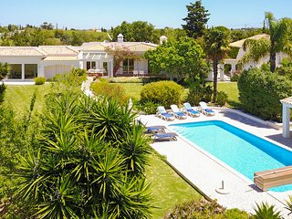 UP TO 10% OFF! Villa AMENDOAL Peaceful location,garden & views,solar heated pool