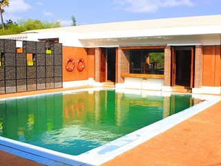 Vibrant 2-BR villa with a private pool