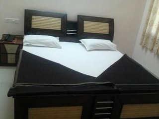 Well-furnished dual bedroom apartment for a family retreat