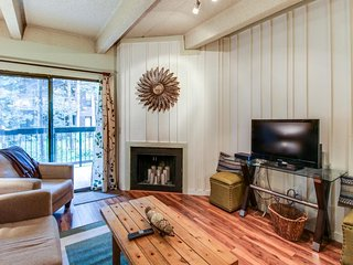 Riverview condo w/ shared pool, hot tub, and sauna - year round outdoor fun!