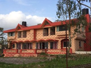 8 BHK Valley view Bungalow in Panchgani/Mahabaleshwar