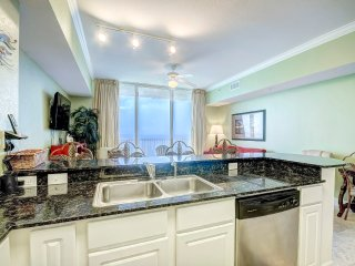 Beachfront VIEWS for 4! Tidewater II 2816-Outdoor&Indoor Pool- Big Balcony