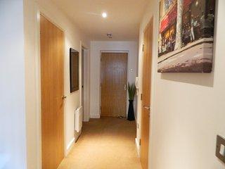 Ashgrove Apartments - Apt.10