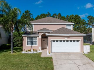(157-HLAN) Highlands Reserve - 5 Bed 3 Bath Pool Home