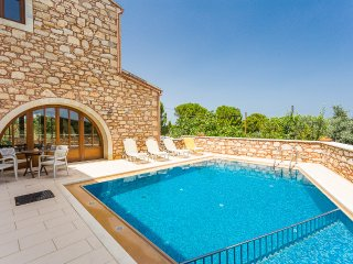 Villa Messogea, private luxury!